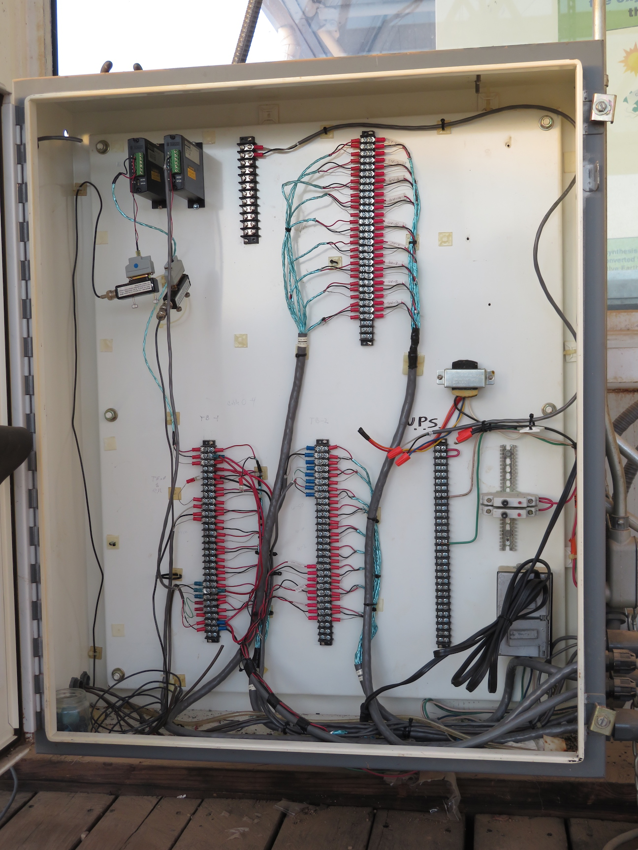 Sensor wiring in the Test Module, photo by Kai Staats